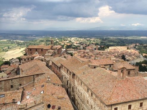 Montepulciano roofs