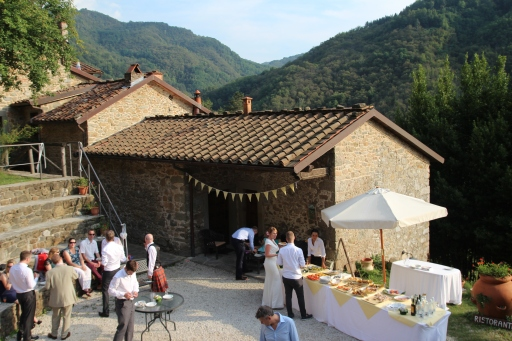 Pian di Fiume Bagni di Lucca farmhouse wedding
