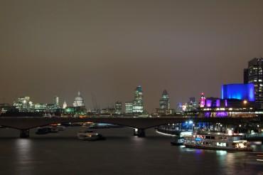 View from Blackfriars bridge at night